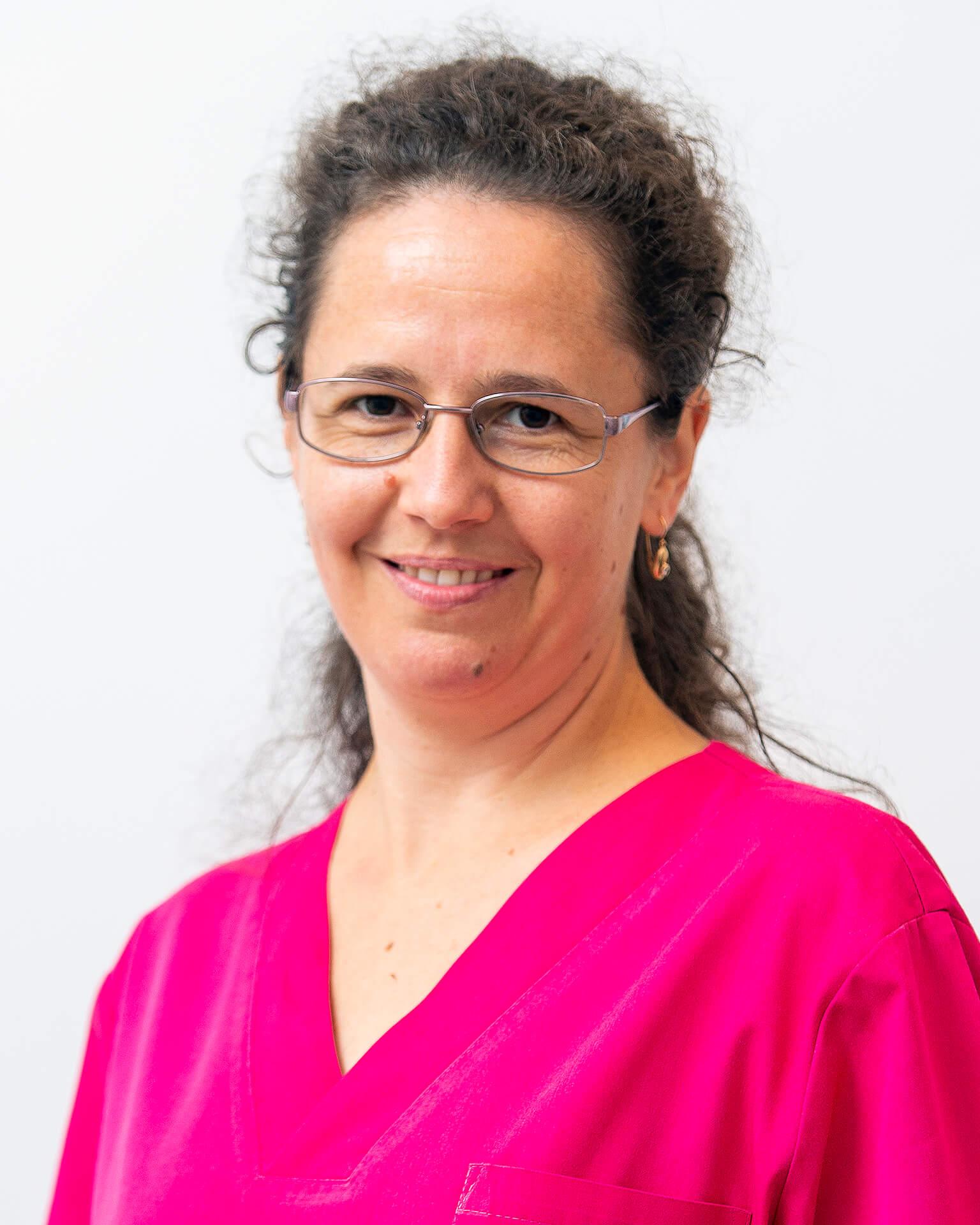Dr. Turos Rita